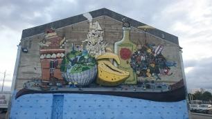 Fresque sur batiment à l'entrée du Hangar à bananes, Nantes