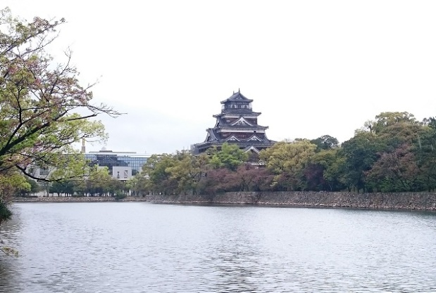 chateau-hiroshima
